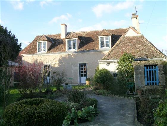 Vente maison de caract re belleme maison de village dans for Central jardin rosiere